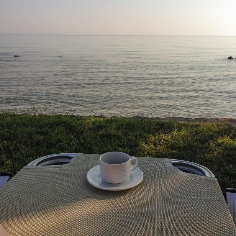kawa nad morzem